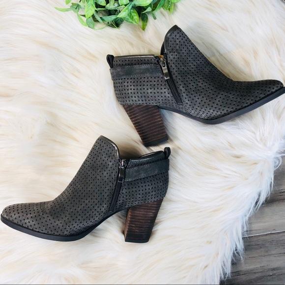 18f8718e9f4 Franco Sarto Dakota Charcoal Grey Bootie Size 7